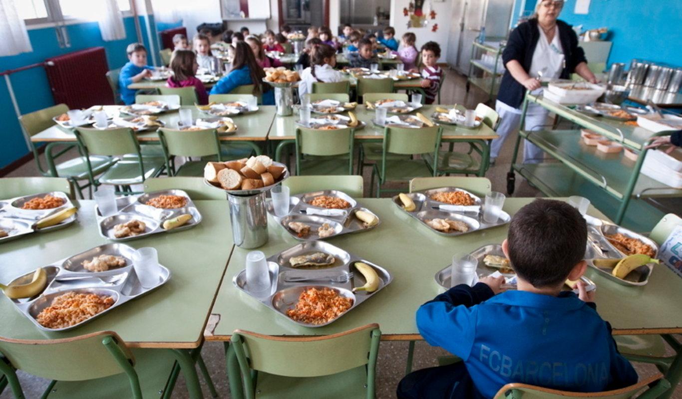 Estallan los comedores escolares: el Gobierno valenciano les ...